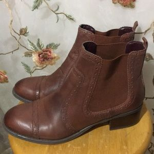 Tommy Hilfiger Brown Leather Ankle Boots~Booties